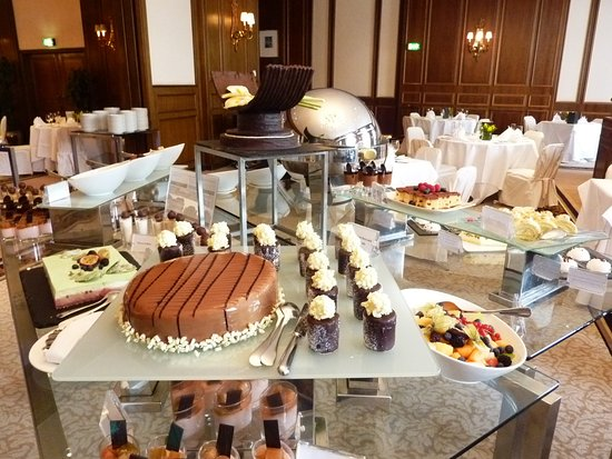 InterContinental Wien: Restaurant - Champagner Brunch am Sonntag