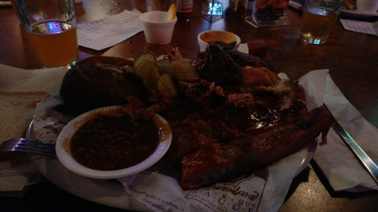 Dreamland BBQ: Ultimate combo meal