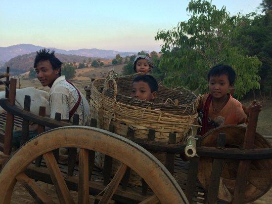 Kalaw, Мьянма: people met on the road