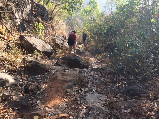 Kalaw, Мьянма: Sometimes the route is not easy.....