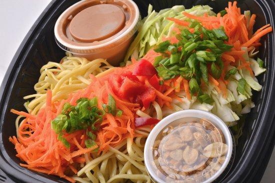 Akron, OH: Thai Noodle Salad