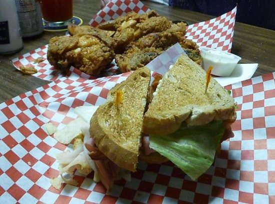 Davenport, WA: Broasted Chicken & Turkey Club...