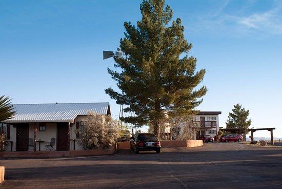 Marathon, TX: The two motel units