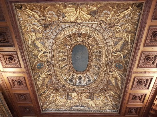 plafond caissons d 39 une salle d 39 exposition picture of musee du louvre paris tripadvisor. Black Bedroom Furniture Sets. Home Design Ideas