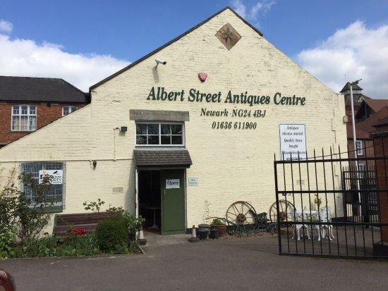 albert street antiques centre picture of albert street. Black Bedroom Furniture Sets. Home Design Ideas