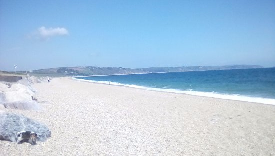 Hope Cove, UK: Beesands beach near by