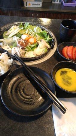 Burnaby, Canada: Sukiyaki pot = comfort food