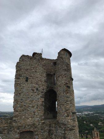 Château de Grimaud : photo1.jpg