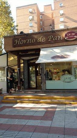 La 28 madrid avenida de cantabria 39 barajas distrito fotos y restaurante opiniones - Casa de cantabria en madrid restaurante ...
