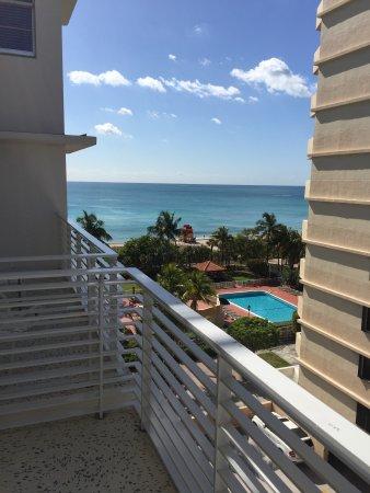 Como Metropolitan Miami Beach Ocean View Balcony