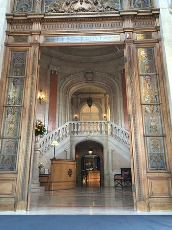 Pestana Palace Lisboa Hotel & National Monument: L'entrée / le hall