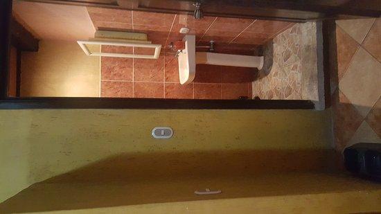 Casa de los Micos: IMG-20170412-WA0014_large.jpg