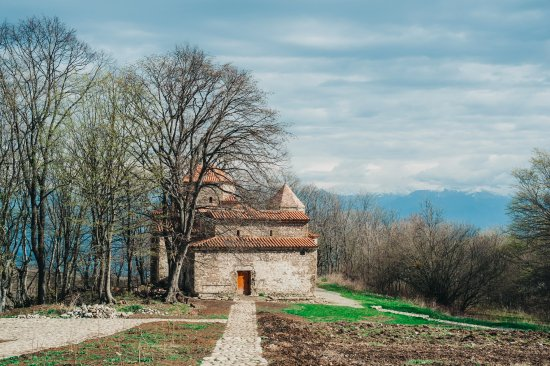 Shuamta Monasteries: дорожка к монастырю