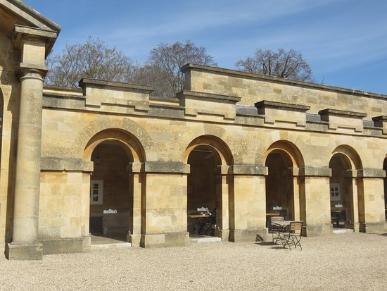 Blenheim Palace: The shop and cafe