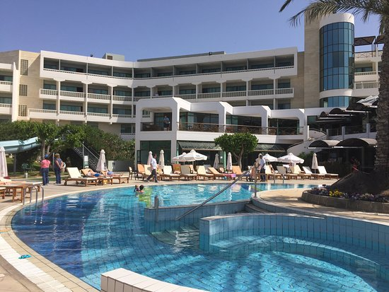 Constantinou Bros Athena Beach Hotel: photo0.jpg
