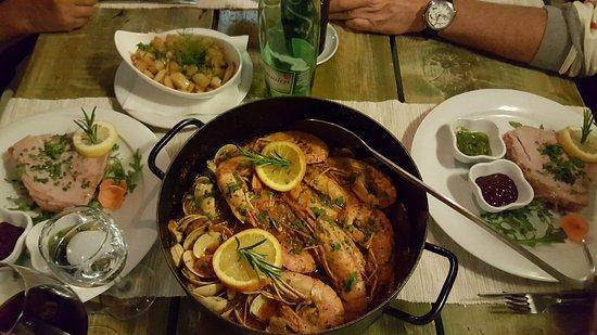 Maslinica, Croatia: Sakajet Food & Wine