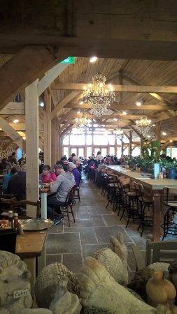 Scorton, UK: Dining area
