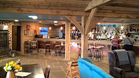 Scorton, UK: Bar