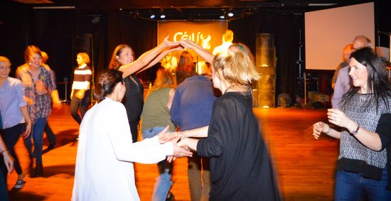 Learn the most popular Céilí dances - Picture of Ceili