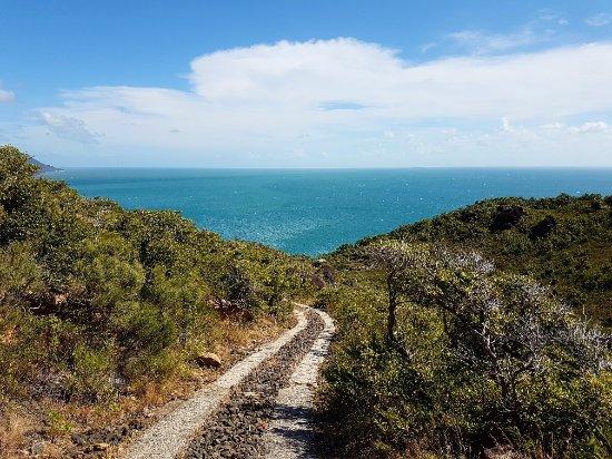Fitzroy Island, Australia: The lighthouse track