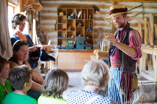 Fort Gibraltar: One of our seasoned interpreters talks about grain.