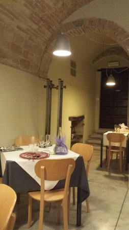 Cagli, Italy: IMG-20170426-WA0000_large.jpg