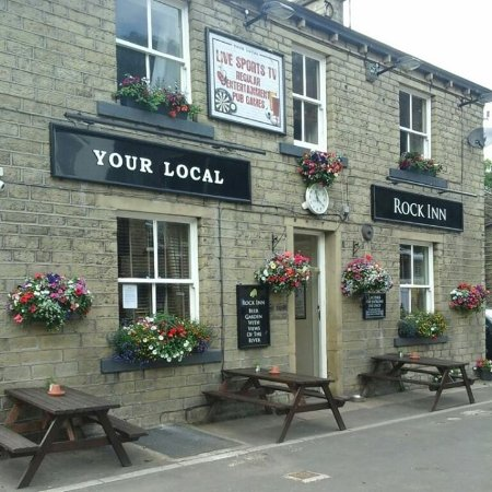 Holmfirth, UK: Family run business , Warm and friendly atmosphere, Children and dogs welcome