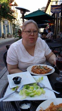Nonnas Trattoria: Alicia eating streetside