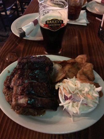 Bailey's Smokehouse: photo0.jpg