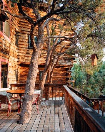 Mancos, CO: Lakehouse deck