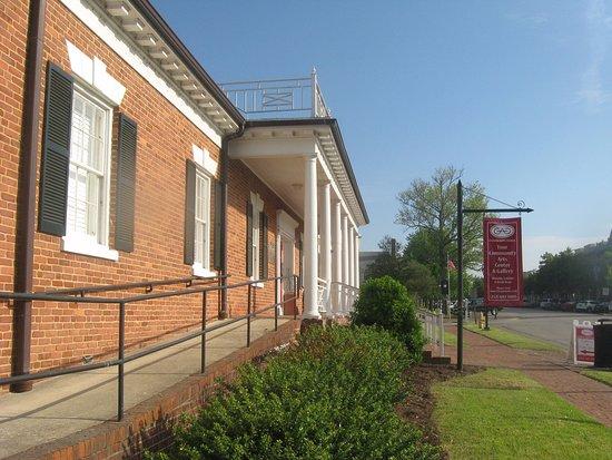 Chowan Arts Council: front entrance