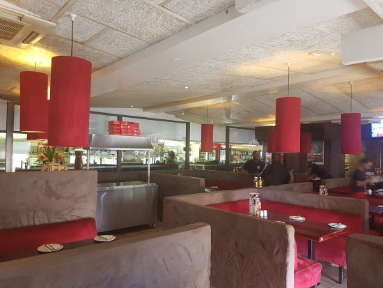 Margate, South Africa: RJ's Main Dining Area