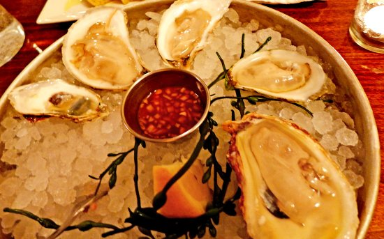 Rockport, Maine: Signature oysters. All locally sourced.