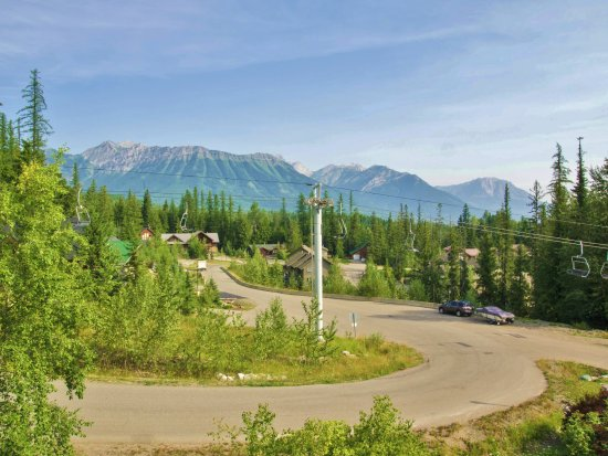 Fernie, Kanada: Balcony 'Valley' View' in Summer