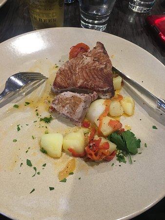 Del Giorno: Seared Tuna Steaks