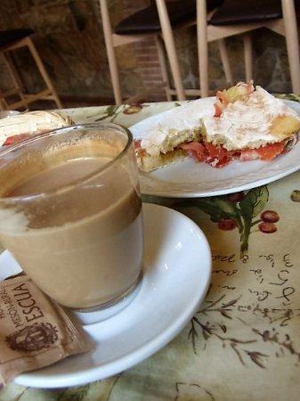 Archidona, Spanje: Breakfast