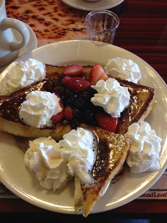 Capital View Cafe: Stuffed French Toast