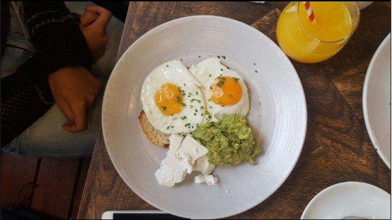 Yarra, Australia: Fried Eggs, Avocado & Persian Feta