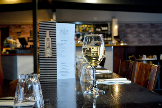 Martinborough, Yeni Zelanda: E10 Restaurant interior
