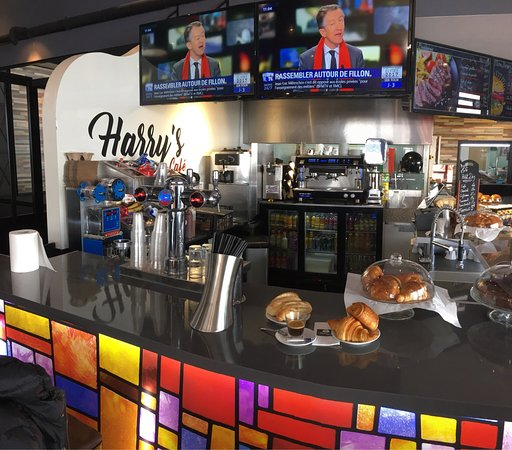 Harry S Cafe Bondy Telephone