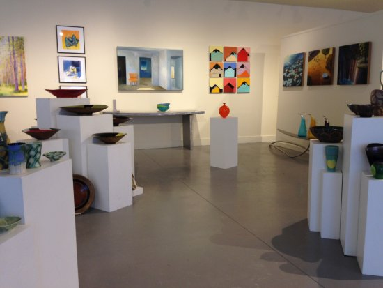 Lauren Clark Fine Art: One view of the gallery showing fine art and contemporary craft