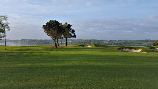 County Cork, Irlanda: Early morning on the 3rd hole at Cork Golf Club | Concierge Golf Ireland