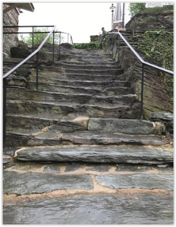 Harpers Ferry, WV: Stairs to Jefferson Rock, church still open, church ruins