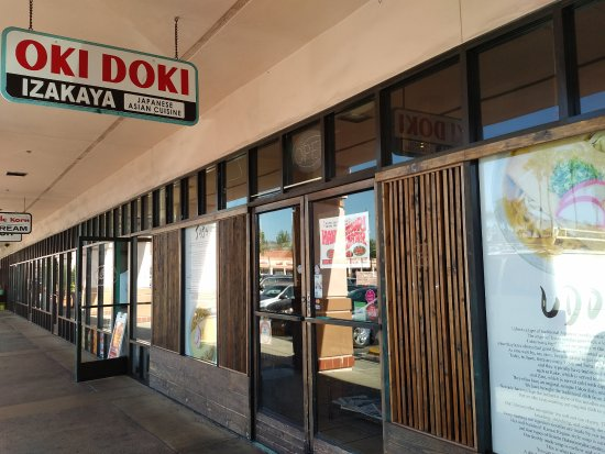 Entrance to Oki Doki Izakaya restaurant in Tustin, CA