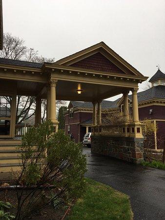Berry Manor Inn: photo1.jpg
