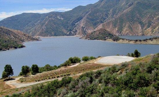 Gorman, CA: Lake