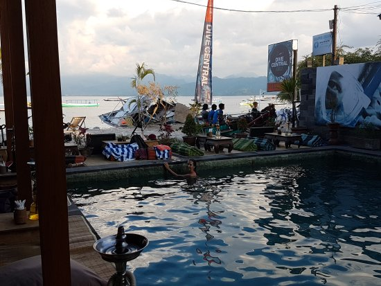 Pesona Beach Resort & Spa: 20170423_173138_large.jpg