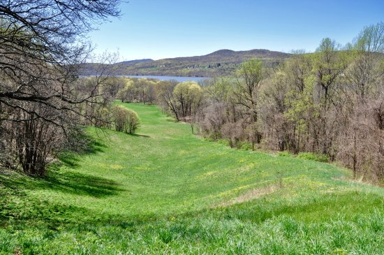 Hyde Park, NY: Vanderbilt Mansion National Historic Site - View To The Hudson
