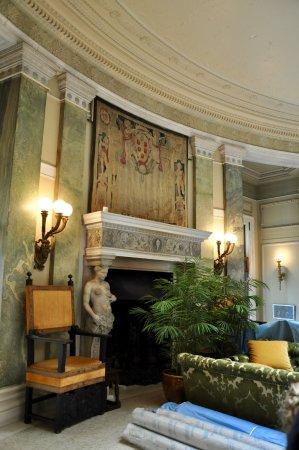 Hyde Park, NY: Vanderbilt Mansion - Interior, First Floor, Center Room