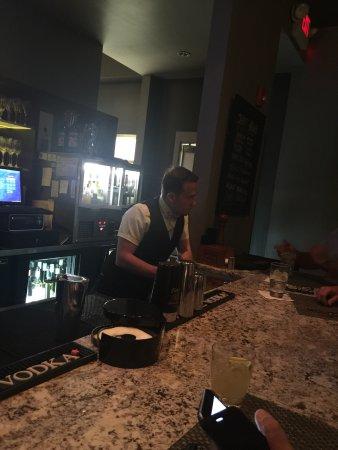 Breakwater Restaurant: Liam is best bartender ever